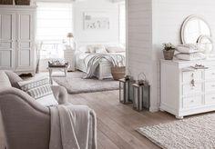 """Lovely Deco: Joliment romantique chez """"Interiors"""""""