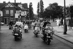 Mods on scooters, Upper Richmond Road, 1964