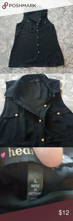 Sleeveless Button Down Top Chic Button Down top with gold hardware. Gently used. heartout Tops Blouses