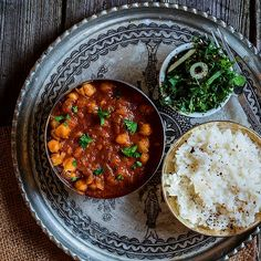 Chana masala is a dish I crave on pretty much every cold day. Spicy food may not be for everyone, but I am not one of them. Ingredients: 1 can chickpeas 1/2 cup tomato puree 1/2 cup water 1 medium onion, chopped 2 cloves minced garlic 2 tbsp olive oil 1 tbsp minced fresh ginger …
