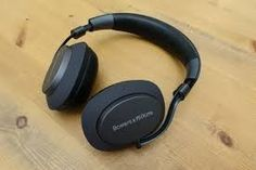 Wireless Headphones, Over Ear Headphones, Cool Things To Buy, Stuff To Buy, Music, Cool Stuff To Buy, Musica, Musik, Muziek