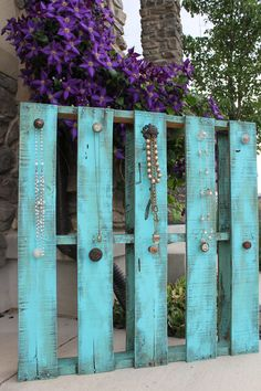 Just finished this upcycled pallet jewelry display for this summer's art festivals! Perfect for all my long necklaces and painted in my favorite Ever Designs blue! Distressed painted finish and vintage knobs. http://www.ever-designs.com/servlet/StoreFront
