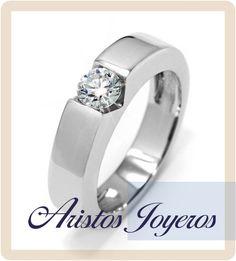 Hermoso anillo de oro blanco y diamante 0.50ct en tensión !! www.aristos-joyeros.com