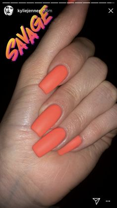 Kylie Jenner Got Bright Orange Gel Nails with Matte Finish Done on Her Long Nails It Looks Super Hot! Orange Acrylic Nails, Cute Acrylic Nails, Orange Nails, Matte Nails, Long Square Acrylic Nails, Uñas Kylie Jenner, Acrylic Nails Kylie Jenner, Kylie Jenner Nails, Coffin Nails Designs Kylie Jenner