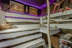 Persoonallinen OKT rauhallisella Matarin alueella, Korson keskustan kupeessa. Talon kellarikerroksesta löytyy tavallisen saunan lisäksi, höyrysauna, poreamme ja oma pieni baari. Lisäksi etupihalle on