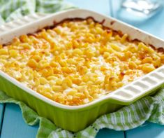 is my mom's Baked Mac and Cheese recipe from when we were kids When the question is 'What's for dinner?' everyone loves the answer 'macaroni and cheese!' Here are 10 delicious classic mac & cheese recipes to try. Sweetie Pie Mac And Cheese Recipe, Amazing Mac And Cheese Recipe, Mac Cheese Recipes, Macaroni N Cheese Recipe, Baked Macaroni, Pasta Recipes, Cake Recipes, Cheesy Recipes, Gluten Free Mac And Cheese
