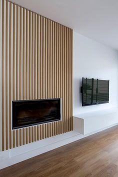 House SM, Valencia, 2014 - Nonna Design fireplace ideas with tv House SM Home Room Design, Family Room Design, House Design, Design Design, Cladding Design, Wood Cladding, Home Fireplace, Fireplace Design, Fireplace Ideas