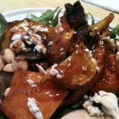 This is my all time favorite salad.roast baby beets, butternut squash, baby organic carrots and re onion. Toss in Arugula with toasted hazelnuts and goat cheese. Add balsamic and walnut oil. Its delicious! Authentic Jamaican Jerk Chicken, Jamaican Dishes, Walnut Oil, Winner Winner Chicken Dinner, Arugula, Butternut Squash, Beets, Great Recipes, Main Dishes