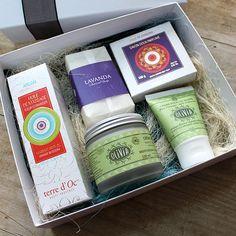 """Caja de regalo """"All in One"""" de Campo di fiore. Disfruta en una elegante caja de regalo de las mejores marcas de cosmética natural."""