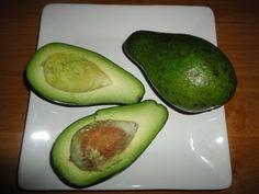 obrázek ke článku Avokádo - chutné a rychlé pomazánky Zucchini, Fruit, Vegetables, Food, Essen, Vegetable Recipes, Meals, Yemek, Veggies