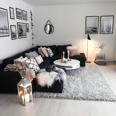 Neutral Living Room Ideas – Earthy Gray Living Rooms To .- neutral living room ideas earthy gray living rooms to copy 00004 Source by - Living Room Decor Cozy, Living Room Grey, Living Room Ideas Black And White, Black Room Decor, Living Room Goals, Black White Decor, Pink Black, Bedroom Black, Cool Living Room Ideas