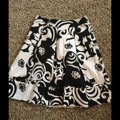 """WHBM Skirt size O Style#300110117 cute brand new skirt  $88 Black house BLACK MARKET length is 20"""" waist is 26"""". White House Black Market Skirts Midi"""