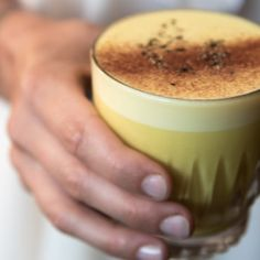 I Quit Sugar - The anti-inflammatory turmeric elixir you need to drink today Sugar Free Recipes, Raw Food Recipes, My Recipes, Cooking Recipes, Healthy Recipes, Healthy Tips, Drink Recipes, Recipies, Yummy Drinks