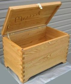 Free Wood Box Plans - How To Build a Wooden Box