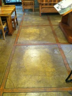 Cement and wood floor detail