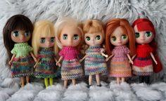 Petite Blythe - Littlest Pet Shop dolls knitted dress