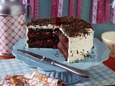 Unser beliebtes Rezept für Schwarzwälder-Kirsch-Torte mit Ganache und mehr als 55.000 weitere kostenlose Rezepte auf LECKER.de.
