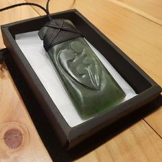 Toki whanau. Jewelry Necklaces, Carving, Joinery, Wood Carvings, Sculptures, Printmaking, Sculpture, Wood Carving