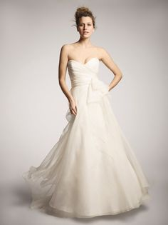 Boho Chic Modern Romantic Ivory $$$ - $1501 to $3000 A-line Amsale Fall Floor Natural Organza Ruching Silk Sleeveless Strapless Sweetheart Winter Wedding Dresses Photos & Pictures - WeddingWire.com