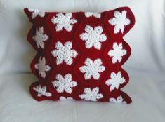 Throw Pillows, Bed, Toss Pillows, Cushions, Stream Bed, Decorative Pillows, Beds, Decor Pillows, Scatter Cushions