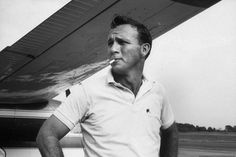 Golf Fashion Stlyle Arnold Palmer: Rare and Classic Photos of Golf's Superstar Everyman - As the 2015 Masters Tournament kicks off in Augusta, Ga., LIFE celebrates the life and career of the one and only Arnold Palmer Us Open, Vintage Golf, Thing 1, Golf Quotes, Golf Humor, Play Golf, Golf Outfit, Ladies Golf, Golf Tips
