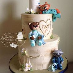 A woodland themed baby shower cake. Buttercream iced painted birch tree cake with gumpaste baby woodland animals in their pajamas. Baby Shower Cakes, Baby Shower Themes, Baby Cakes, Shower Ideas, Birch Tree Cakes, Cake Pops, Biscuits, Cupcake Art, Just Cakes