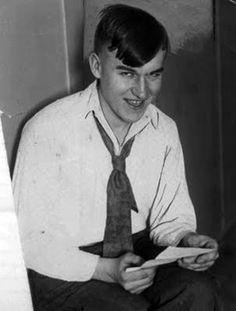 """Gordon Stewart Northcott """"Los Asesinatos del Gallinero de Wineville""""    24 niños."""