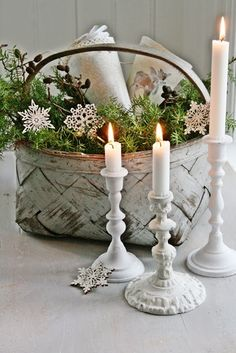 This makes a pretty winter tablescape, as well as Christmas display Merry Christmas, Shabby Chic Christmas, Christmas Candles, Country Christmas, All Things Christmas, Winter Christmas, Vintage Christmas, Christmas Holidays, Christmas Crafts