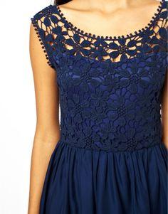 Платье с вязаным лифом. Чудесная идея! Синие цветы. Обсуждение на LiveInternet - Российский Сервис Онлайн-Дневников