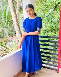 Churidar, Anarkali, Short Sleeve Dresses, Dresses With Sleeves, Long Sleeve, Kurta Designs, Shamna Kasim, Outfits, Kurtis