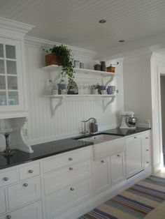 Kitchen Remodeling: Planning and Ideas - Kitchen Remodel Ideas Swedish Kitchen, Scandinavian Kitchen, New Kitchen, Kitchen Decor, Kitchen Design, Kitchen Cabinetry, Kitchen Flooring, Kitchen Shelves, Wall Cabinets