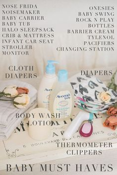 Newborn Must Haves - Everything you need for the first few weeks with your newborn baby // In collaboration with Aveeno #ad #aveenoadvocates