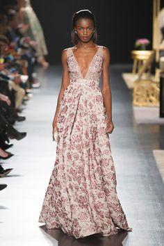 Elie Saab, Chanel, Dior... Les robes du soir font rêver les...
