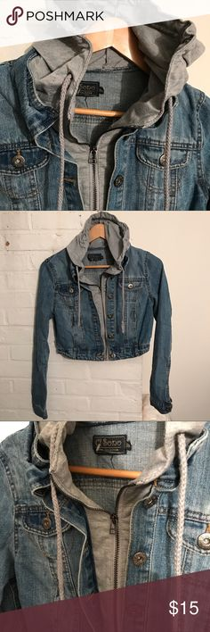 Denim Jacket w/ Cotton Insert n Hood M for Junior. Fits S adult. Pre-owned great condition.Not Forever 21. Forever 21 Jackets & Coats Jean Jackets