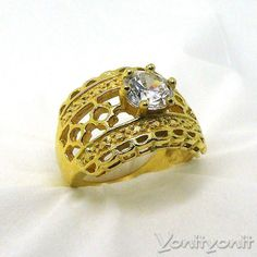 18k Yellow Gold Ring Engagement Ring Ring Size 7 by YonitYonit