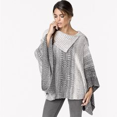 It's getting chilly outside! Perfect day for wearing this Knit Poncho! #onesize#fallfashion2015 #cozy#yqrfashion#shoplocal