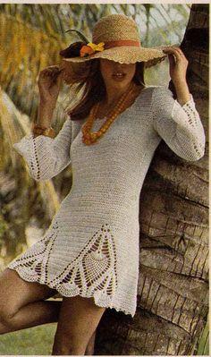 década de 1970 VINTAGE CROCHET patrón Boho Mini vestido y pantalones, Chic, romántico/gitana/Folk instantánea descargar Pdf de 0017 GrannyTakesATrip
