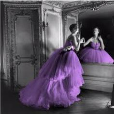 Love this! purple dress photography