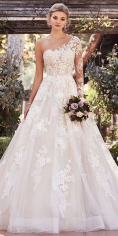 Wonderful Perfect Wedding Dress For The Bride Ideas. Ineffable Perfect Wedding Dress For The Bride Ideas. Plus Size Wedding Guest Dresses, Disney Wedding Dresses, Western Wedding Dresses, Dream Wedding Dresses, Wedding Dress Styles, Bridal Dresses, Tulle Wedding, Gown Wedding, Event Dresses