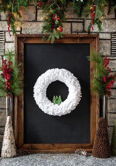 Wine Bottle Crafts, Mason Jar Crafts, Mason Jar Diy, Winter Christmas, Christmas Wreaths, Christmas Crafts, Christmas Decorations, Winter Wreaths, Spring Wreaths