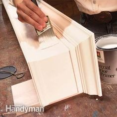 Lists types of valances and demonstration of how to build it