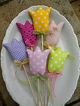 Dekorácie - A bunch of Tulips, ... textilné tulipány - 7805470_