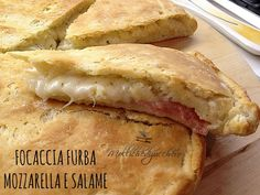 Focaccia clever mozzarella and salami