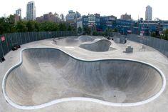 Chelsea Piers skatepark - Pier 62 Skate Park Manhattan | newyorkcityskateparks.com Nyc Must Do, Skate Park, Best Cities, Activities For Kids, New York City, Chelsea, Places To Go, Surfing, Around The Worlds