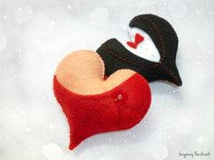 Felt hearts Valentines Day Felt magnet by ImaginaryHandicraft Sheila E, Wedding Favors, Wedding Gifts, Felt Gifts, Birthday Gifts For Husband, Felt Decorations, Felt Patterns, Friendship Gifts, Felt Hearts