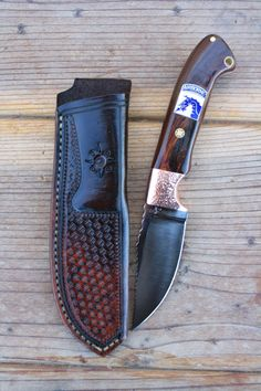 stclair custom knives  note tang area in holster