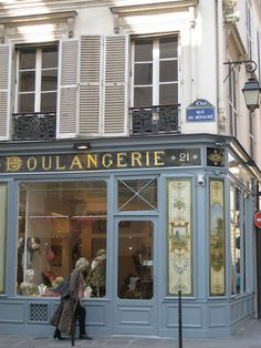 Boulangerie storefront in the Marais by Cody Simms, via Flickr