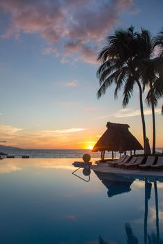 Beautiful #sunset at Grand Velas Riviera Nayarit. Espectacular view of Grand Velas Riviera Nayarit from the infinity pool!