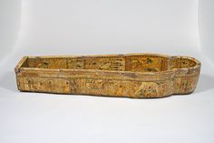 Researchers at Cambridge Fitzwilliam Museum in the UK have found 3,000-year old fingerprints on the lid of an Egyptian coffin.
