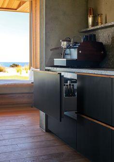 Residential Interior Design, Interior Design Kitchen, Interior Architecture, Latest Kitchen Designs, Contemporary Cabin, Wood Cabinets, Beach House, Woods, Kitchens